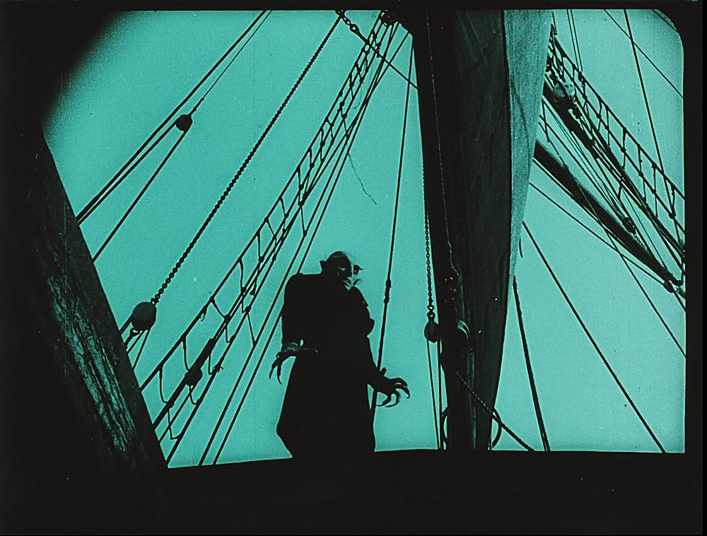 Friedrich Wilhelm Murnau (1888–1931) Nosferatu – Eine Symphonie des Grauens, Deutschland 1922, Filmstill Stummfilm, schwarz-weiß / viragiert, deutsche Zwischentitel © Friedrich-Wilhelm-Murnau-Stiftung