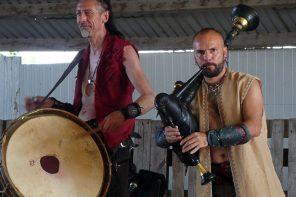 Corvus Corax - live auf der Kuschelfarm